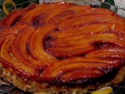 Бананово-мигдальний пиріг