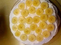 Банановий торт-суфле