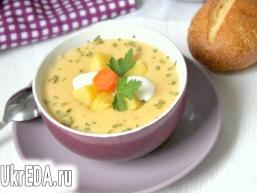 Оксамитовий крем-суп з картоплі і селери із сиром