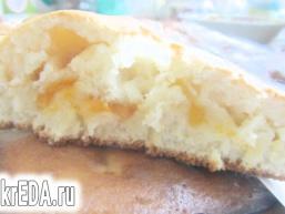Домашній пиріг з абрикосами