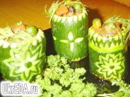 Фаршировані цукіні