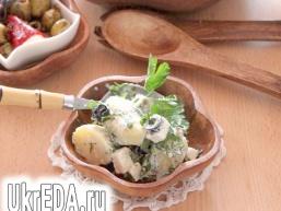 Грецький картопляний салат з фетою