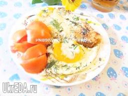 Грінки з яйцем і пармезаном