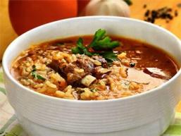 Харчо - суп, рецепт якого надзвичайно популярний не тільки на Кавказі