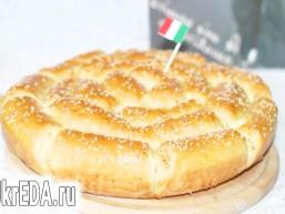 Хліб з пармезаном і італійськими травами.
