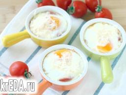 Яєчня з помідорами в духовці