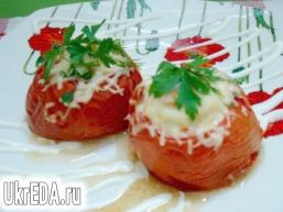 Яєчня в помідорах