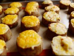 Ефектні рецепти з картоплі: пюре в шкірці