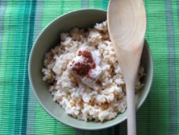 Як зварити молочну рисову кашу