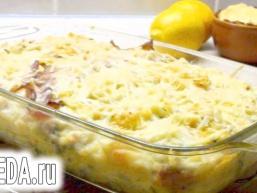 Картопляне суфле з беконом і пармезановой скоринкою.