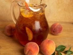 Компот з персиків