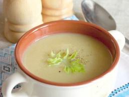 Крем-суп з стеблового селери з картоплею