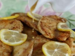 Курячі грудки з лимоном