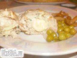 Курячі котлети з начинкою з сиру