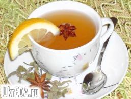 Лимонно-імбирний чай з м'ятою