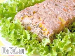 М'ясний террин з овочами і каперсами
