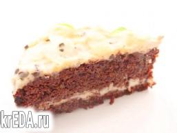 Морквяно-шоколадний торт з кремом
