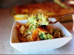 Незвичайне блюдо: Запіканка з брокколі, сиром і крекерами