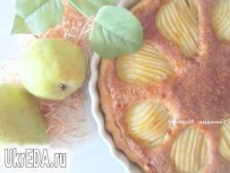 Відкритий пиріг з грушами