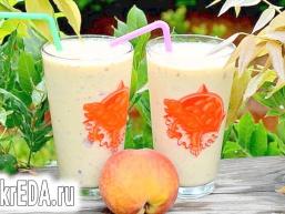 Персиковий смузі