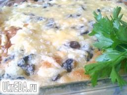 Пиріг з капустою і грибами
