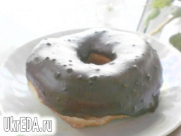 Пончики з шоколадною глазур'ю