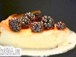 Рикотта чізкейк зі свіжими ягодами