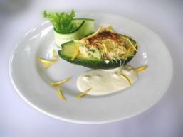 Салат авокадо з креветками