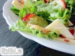Салат з сиром і виноградом