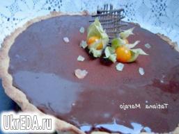 Шоколадний тарт з грушами