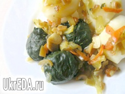 Шпинат з овочами в соусі теріякі