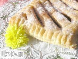 """Листковий пиріг з малиновим """"джемом"""""""