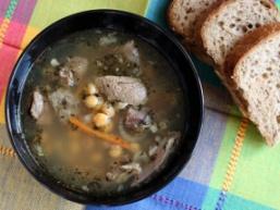 Суп з баранини з нутом