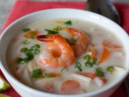 Суп з кокосового молока