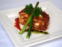 Вегетаріанська лазанья зі шпинатом і солодким перцем