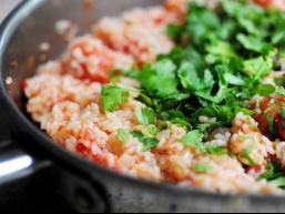 Смачні гарніри з рису: рис по-мексиканськи