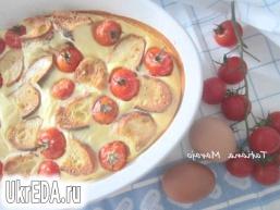 Запіканка з черствого хліба з томатами