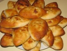 Пиріжки на кефірі в духовці