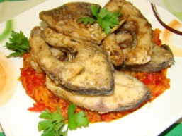 Риба з овочами