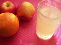 Компот з яблук з апельсинами
