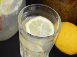 Компот лимонний