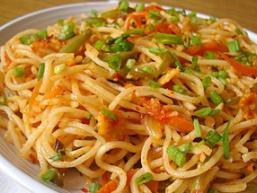 Локшина з овочами по-китайськи