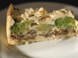 Пиріг з брокколі і грибами