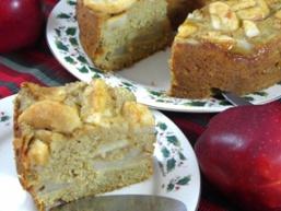 Пісний пиріг з яблуками і корицею
