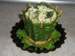 Салат в цибулевої корзинке