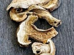 Сушені білі гриби