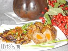 Тефтелі з сюрпризом, запечені з баклажанами і грибами