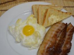 Яйця в хмарах