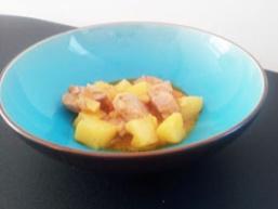 Тушкована картопля з куркою в мультиварці