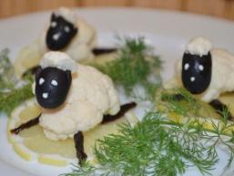 Прикраса страви Овечка з капусти